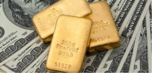 From the gold standard to the Fiat System: About the monopoly of money creation