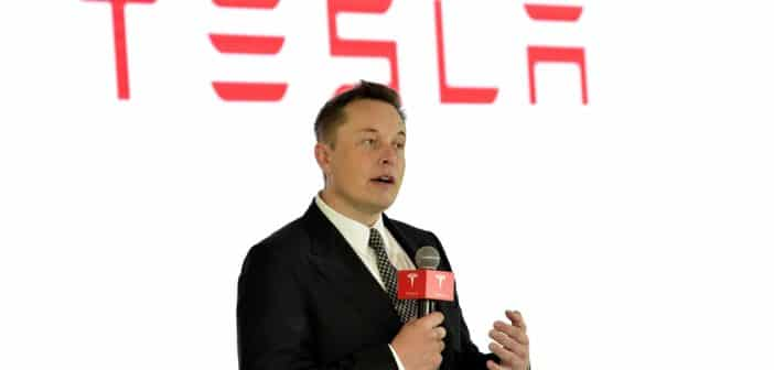 Read more about the article Tesla Suspends Payments with Bitcoin